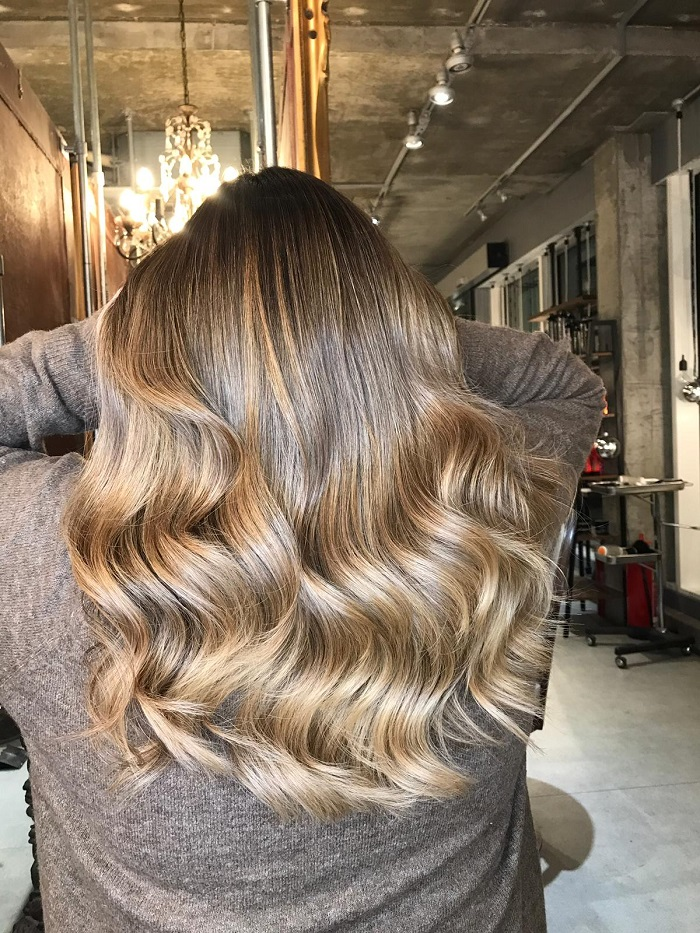 face framing and versatility for balayage techniques