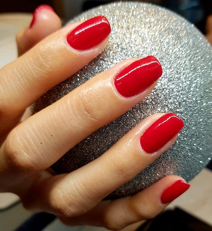 Christmas isn't cancelled at Live true London for nail art in red