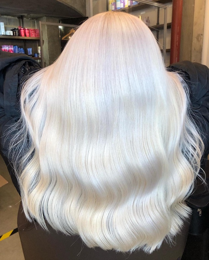 all over platinum blonde for a post lockdown refresh