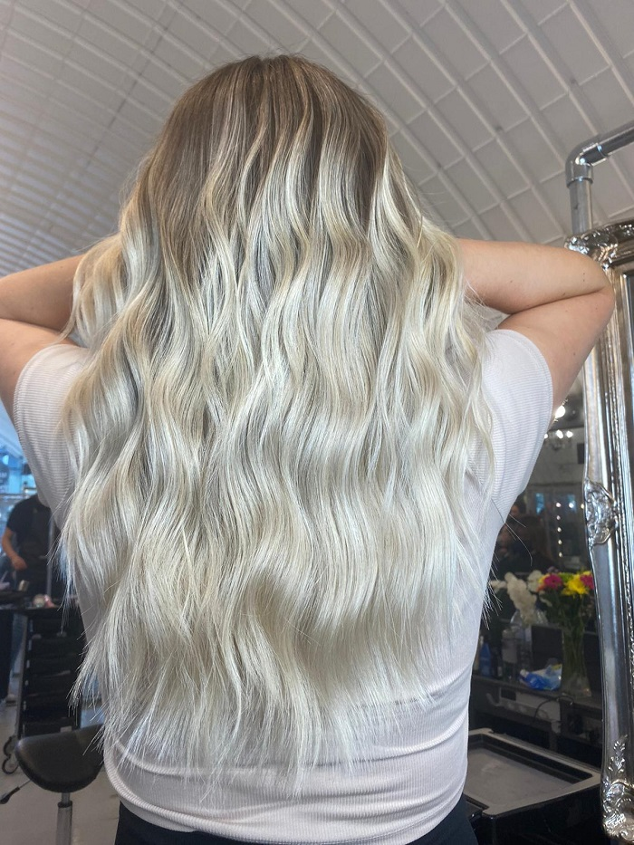 live true balayage for a creamy result